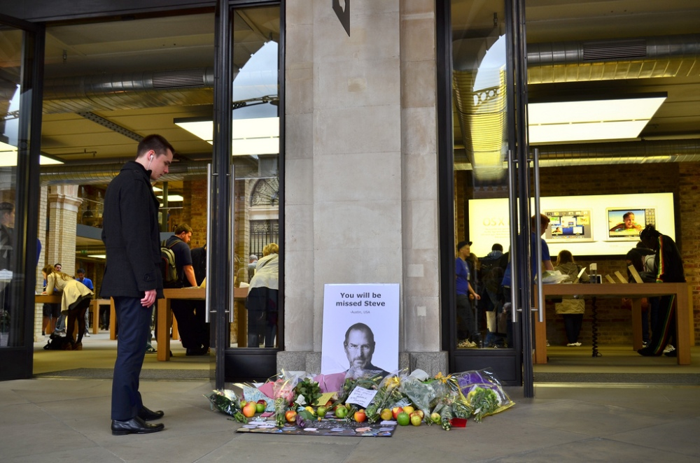 Tributes to the late Steve Jobs, outside the Apple Store in London's Covent Garden.  Photo by Garry Knight
