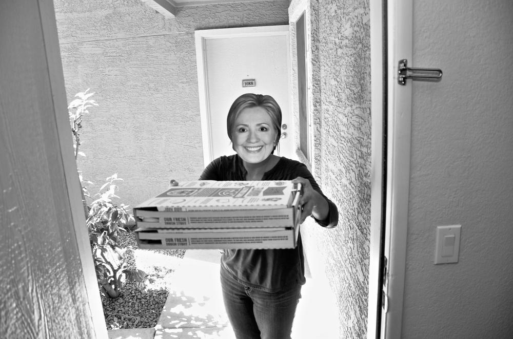 Hillary Pizza 060