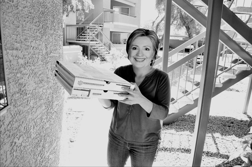 Hillary Pizza 064