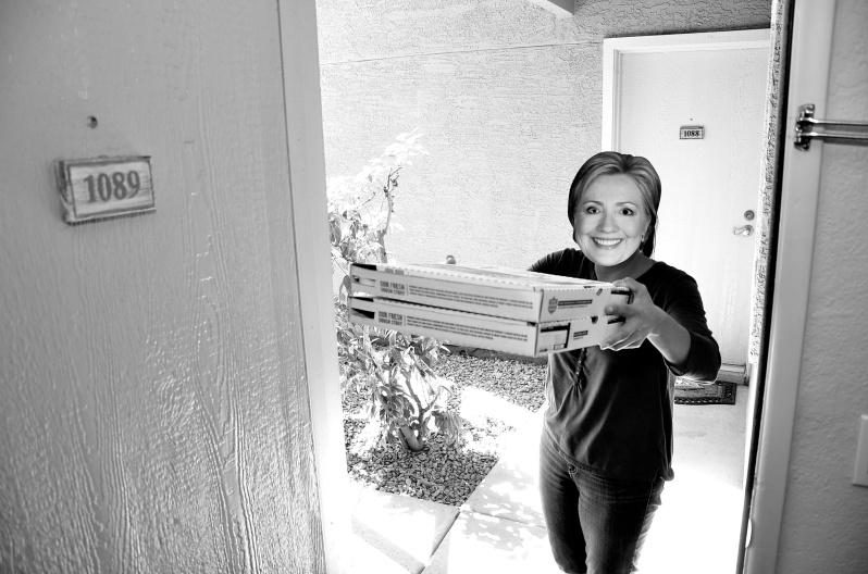 Hillary Pizza 067